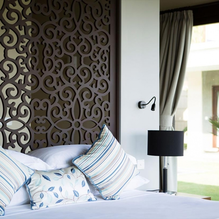 villa-bali-candidasa-luxury-bedroom