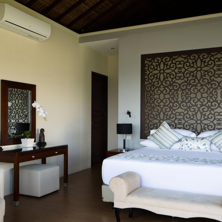 villa-bali-candidasa-luxury-bedrooms