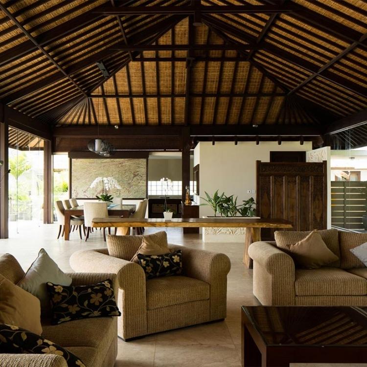 villa-bali-candidasa-luxury-large-livingroom